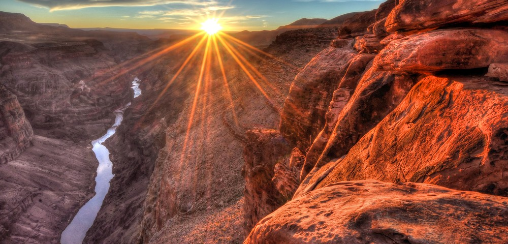 'Moving Mountains for Multiple Myeloma' Hikes Grand Canyon to Raise Research Money